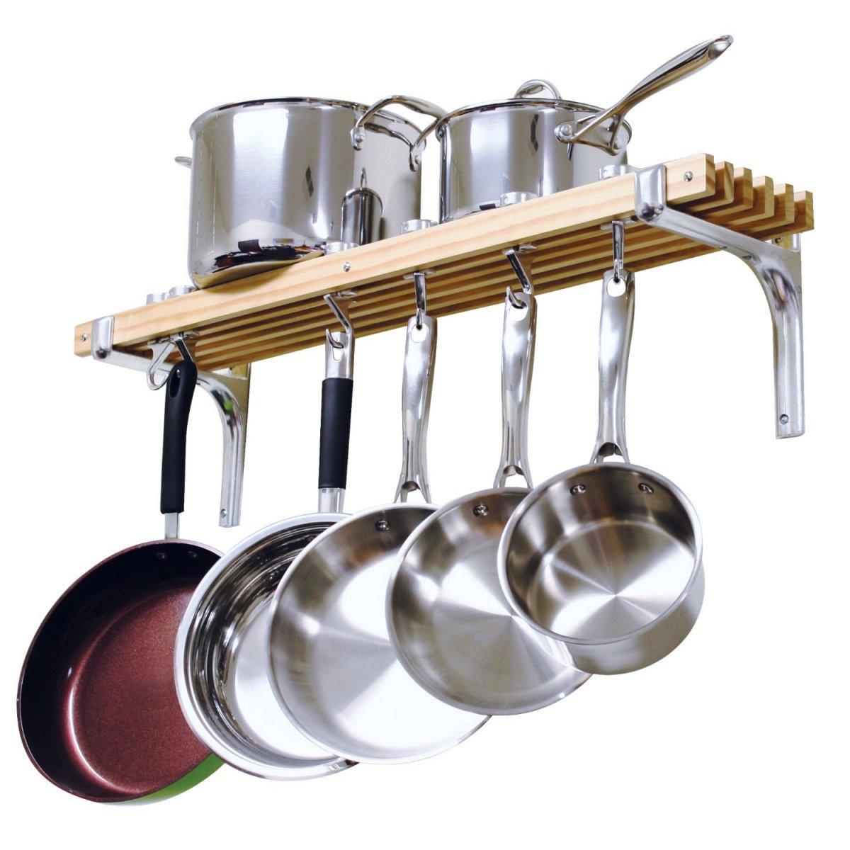 Un rangement stylé pour vos poêles et casseroles
