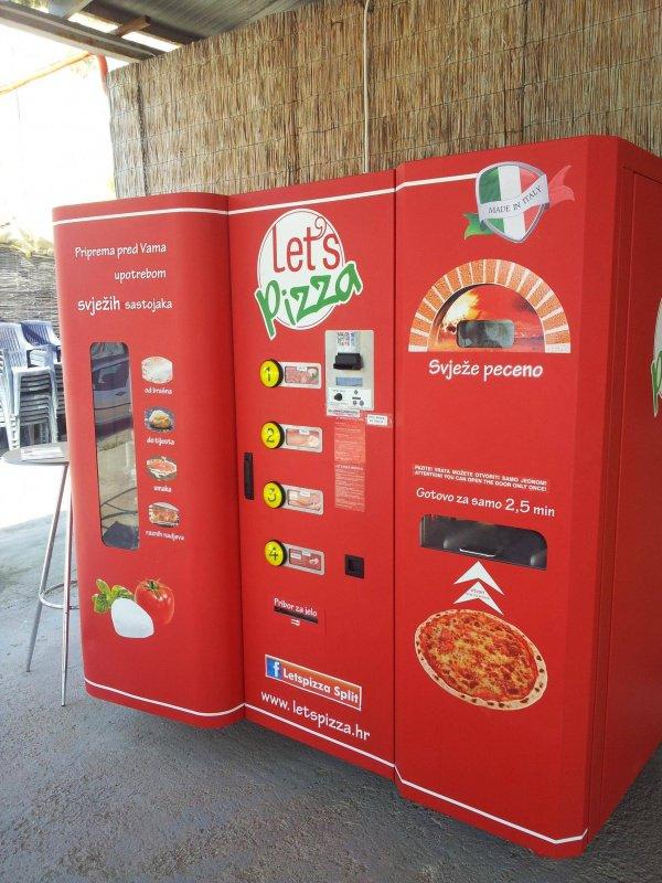 12. Un distributeur automatique de pizza qui peut satisfaire toutes les papilles